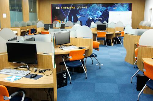 3층 전자도서관